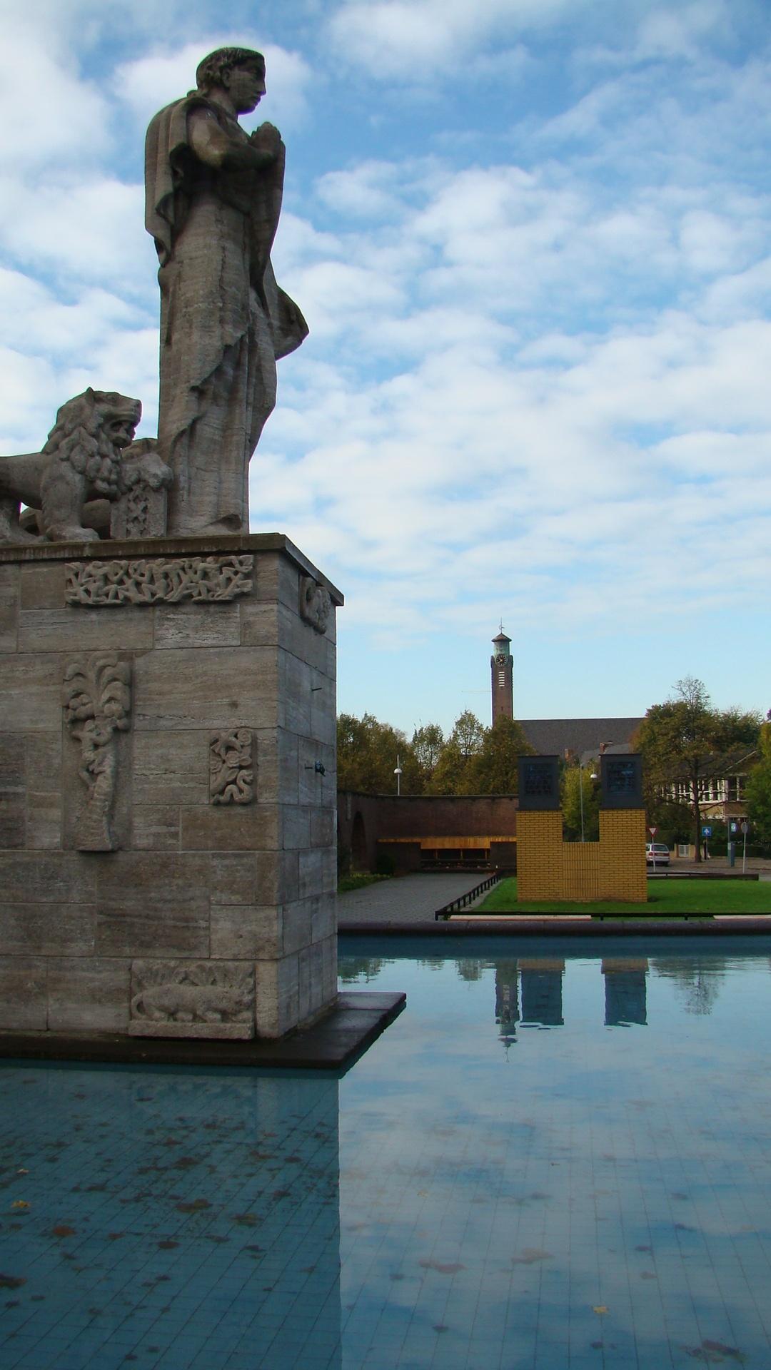 Van-Heutsz-monument